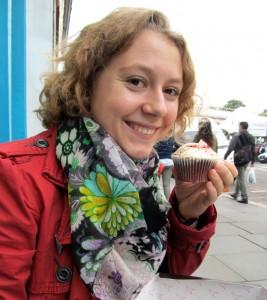 Maria mit Cupcake