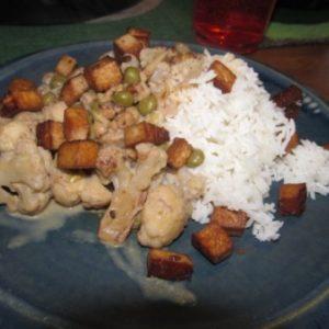 Blumenkohl-Walnuss-Curry mit Tofu