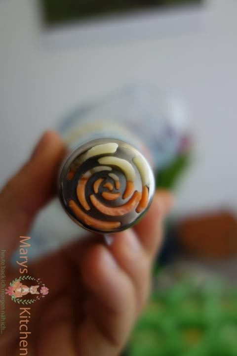 Nifty Nozzles Eierlikör Mango Cupcakes Tulpen (5)