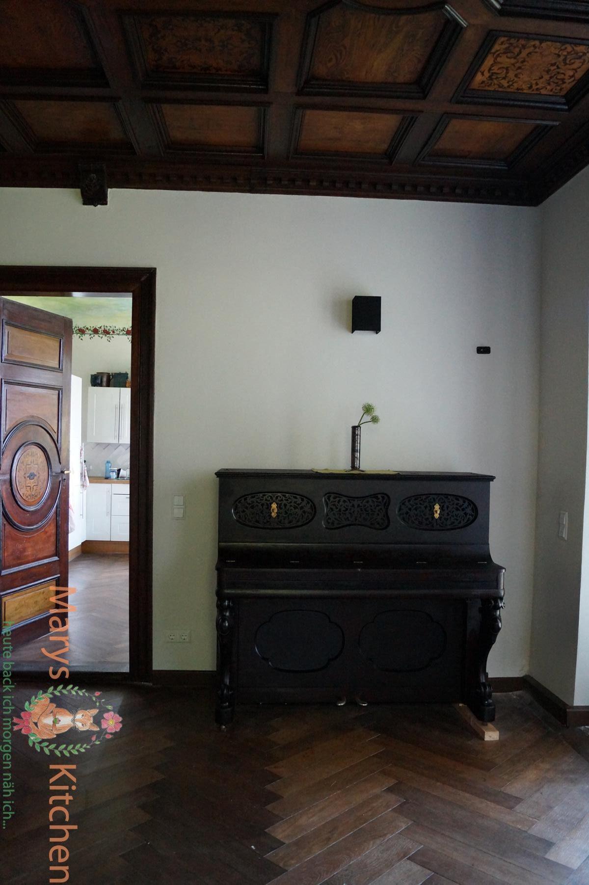 k che aus alt mach neu heizk rper f r k che nicht wei elkes kleine uphusum designer selber. Black Bedroom Furniture Sets. Home Design Ideas