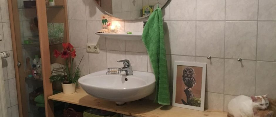 Badezimmerregal